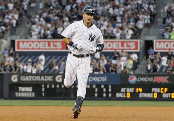 Jeter has setback; new crack revealed in ankle