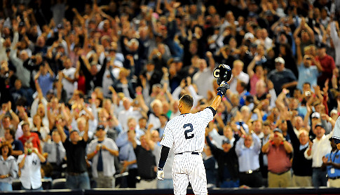 Derek Jeter will have a chance to salute the fans of Baseball one last time in 2014.