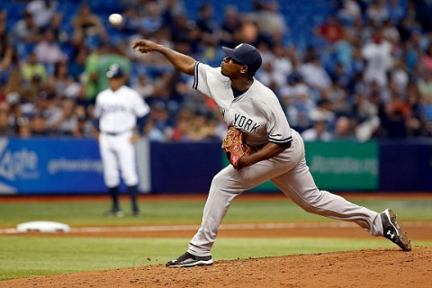 ST. PETERSBURG, FL - SEPTEMBER 16:  Luis Severino #40 of the New York Yankees pitches during the fourth inning of a game against the Tampa Bay Rays on September 16, 2015 at Tropicana Field in St. Petersburg, Florida.  (Photo by Brian Blanco/Getty Images) *** Local Caption *** Luis Severino