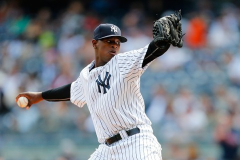NEW YORK, NY - SEPTEMBER 27:  Luis Severino #40 of the New York Yankees pitches in the first inning against the Chicago White Sox at Yankee Stadium on September 27, 2015 in the Bronx borough of New York City.  (Photo by Mike Stobe/Getty Images)