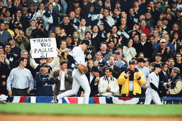 BRONX, NY - NOVEMBER 1:  Paul O'Neill of the New York Yankees runs to the dugout during Game Five of the World Series against the Arizona Diamondbacks on November 1, 2001 at Yankee Stadium in Bronx, New York. (Photo by Sporting News via Getty Images)
