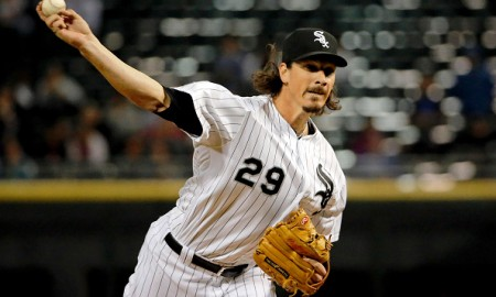 CHICAGO, IL - SEPTEMBER 29: Jeff Samardzija #29 of the Chicago White Sox pitches against the Kansas City Royals during the first inning at U.S. Cellular Field on September 29, 2015 in Chicago, Illinois.  (Photo by Jon Durr/Getty Images)
