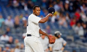 NEW YORK, NY - MAY 13:  (NEW YORK DAILIES OUT)    Luis Severino #40 of the New York Yankees in action against the Chicago White Sox at Yankee Stadium on May 13, 2016 in the Bronx borough of New York City. The White Sox defeated the Yankees 7-1.  (Photo by Jim McIsaac/Getty Images)